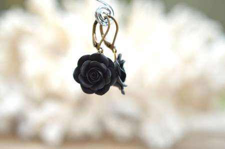 Black Rose Simple Dangle Earrings