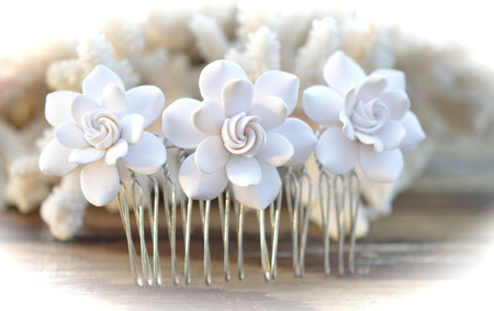 Vivian Hair Comb in White Gardenia