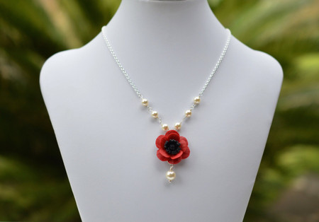 Lexie Centered  Necklace in Red Poppy and Pearls