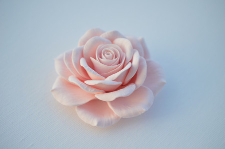 Caroline Hair Clip in Light Pink Rose. LARGE