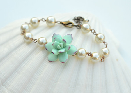 Andrea Link Bracelet in Light Mint - Purple Succulent