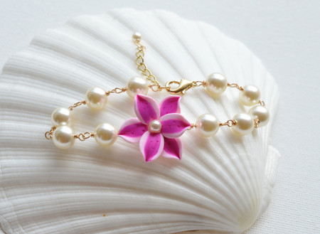 Andrea Link Bracelet in Pink Stargazer Lily with Pearl