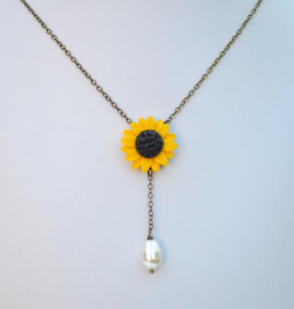 LUNA Y Drop Necklace in Golden Yellow Sunflower