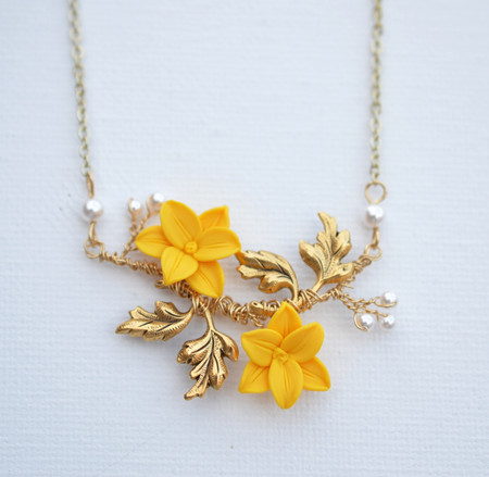 Belinda Vine Necklace in Golden Yellow Day Lily