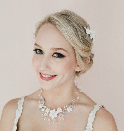 Kelsey Bridal Vine Necklace in White Magnolia