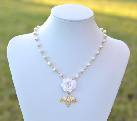 Kate Bridal Centered Necklace in White Rose with Metal Leaves
