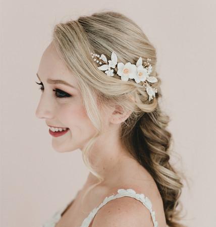 Amanda Hair Comb in White Magnolia and White Leaves