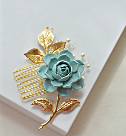 Martha Hair Comb in Dusty Mint Succulent