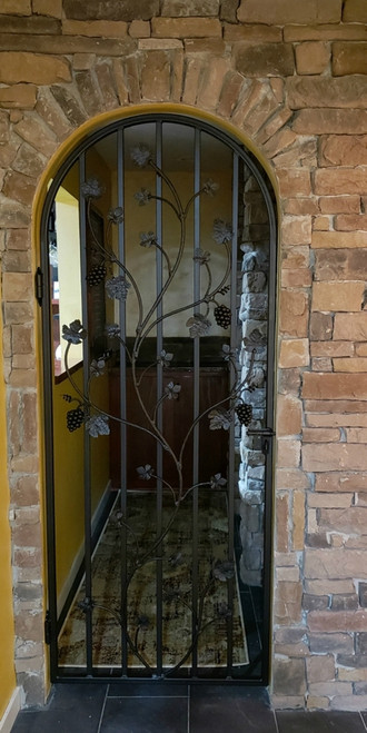 Charlotte Grapevine Iron Wine Cellar Door