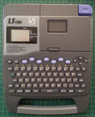 Label Printer LS180 Casio LS180 ** includes FREE Delivery Australia wide  Takes an adapter but is not included Runs on 8 AA Batteries Has a cr2032 battery for memory backup takes 6, 8, 12, 18mm casio label tapes