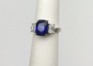 No Heat Sapphire and Diamond Platinum Engagement Ring