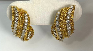 1980's 18kt Gold Dramatic Leaf Diamond Earrings