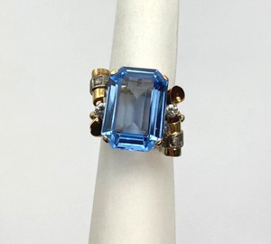 Retro 14kt  15 carat Blue Topaz & Diamond Cocktail Ring