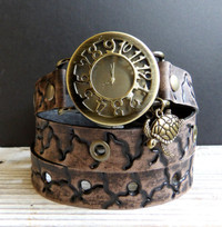 Textured Women's Wrap Watch with Turtle Charm