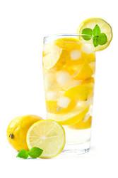PG-Free Lemonade e-juice by Velvet Vapors