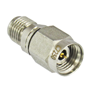 C7250 2.4/Male to 2.92/Female Adapter Centric RF