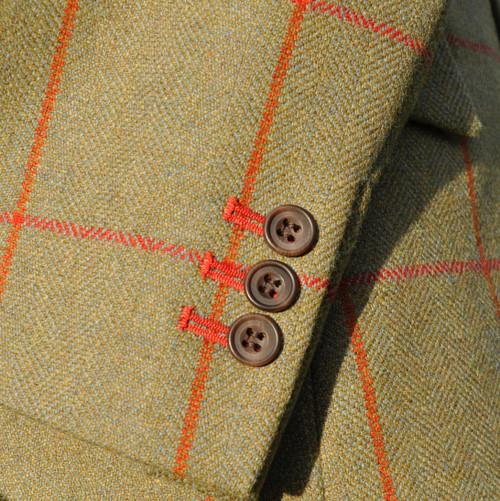 Contrast Buttonholes
