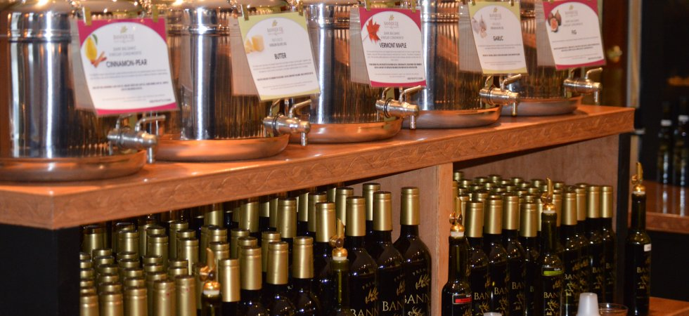 We offer yhe very finest olive oils & balsamic vinegars