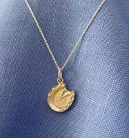Sterling Silver Detailed Horse Hoof Pendant on Sterling Chain (hshc0099)