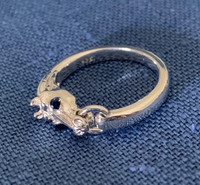 Detailed Sterling Silver Horse Head Ring with Sapphire Eyes