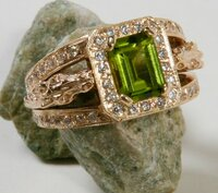 14k Yellow or White Gold Horse Heads Ring with Peridot and Diamonds