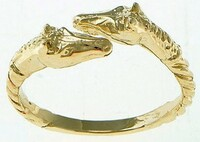 14k gold double horse head ring