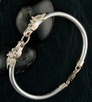 14k Gold Horse Head Bangle Bracelet