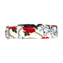 Clasp Collar [Skulls & Roses Cream]