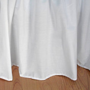 "Broadcloth Bedskirt Twin - 22"" drop"