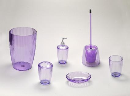 Acrylic Bath Accessories in Magenta