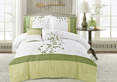 Verde Queen Comforter Bedding Set