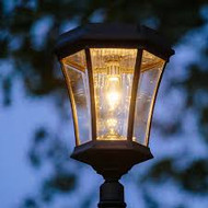 The Victorian Solar Coach Lantern includes the GS Solar Light Bulb with Warm White LED.