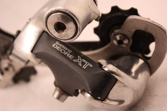 Shimano Deore XT RD-M739 Rear Derailleur