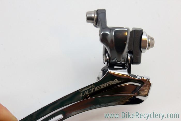 07db1a3466c ... Shimano Ultegra FD-6700 Front Derailleur: 10 Speed - Braze On (Near  Mint+). Image 1