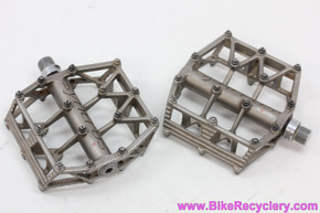 "Syncros Mental Factory Stainless Steel Pedals: RARE! Removable Pins - 9/16"" - DH - BMX (Almost New)"