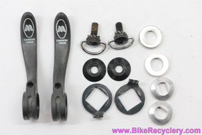Modolo Kronos Carbon Downtube Shifters: Black - 35g (MINT)