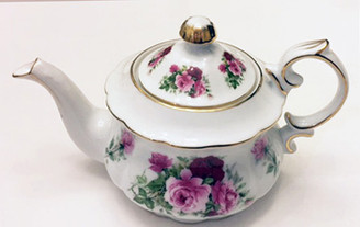 Summer Rose 4 Cup Porcelain Teapot by Fielder