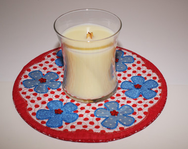 Colorful candle mat or mat for candy dish (candle not included)