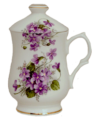 Heirloom Violets 10 oz English Bone China Lidded Mig