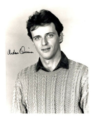 AIDAN QUINN AUTOGRAPHED SIGNED 8X10 WEARING SWEATER INCLUDES COA ID: 611