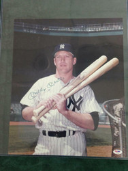 MICKEY MANTLE 16X14 SIGNED PHOTO PSA/DNA CERTIFIED P00085