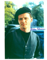 AIDAN QUINN AUTOGRAPHED SIGNED 8X10 WEARING BERET HAT. WITH COA