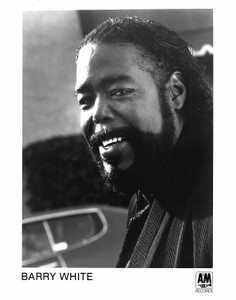 BARRY WHITE 8x10 b&w Press Photo 1994 9TH ANNUAL SOUL TRAIN MUSIC AWARDS