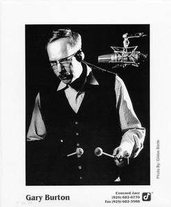 GARY BURTON Original Concord Jazz Vintage 8x10 Press Photo by Gildas Bolce vibes