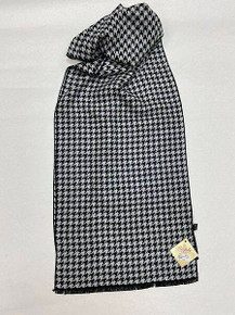 Houndstooth Cashmere Scarf by Rapti Fashion