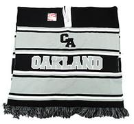 WP010 Winter Oakland Poncho (Black & Light Grey)