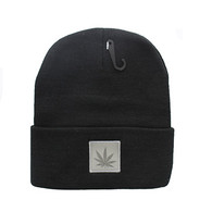 WB076 Marijuana Long Beanie (Black & Grey PU)