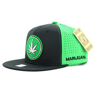 SM062 Marijuana Snapback Cap (Black & Kelly Green)