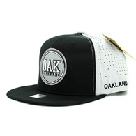 SM062 Oakland Snapback Cap (Black & Light Grey)