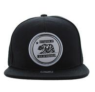 SM984 Cali Bear Snapback Cap (Black & Black)
